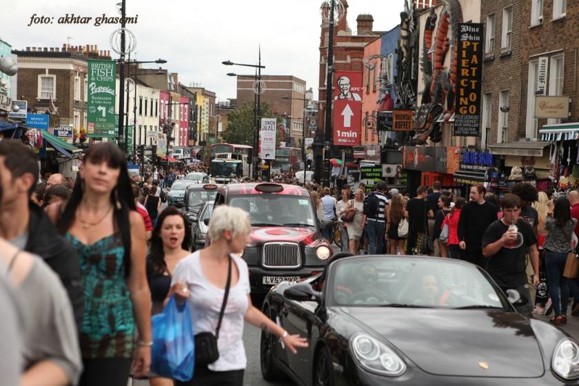 محله کمدن در لندن  یکی از شلوغ ترین بازارهای لندن که عمدتا خارجی هستند...